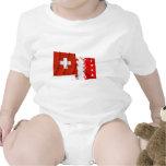 Banderas que agitan de Suiza y de Valais Trajes De Bebé