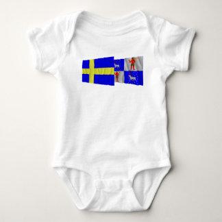 Banderas que agitan del län de Suecia y de Camisas