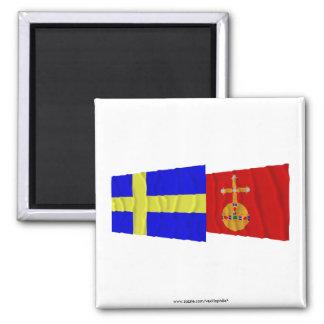 Banderas que agitan del län de Suecia y de Uppsala Imán Cuadrado