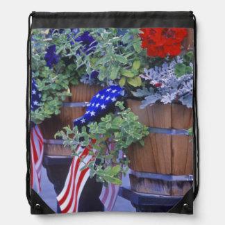 Banderas y flores en Philipsburg Montana Mochilas