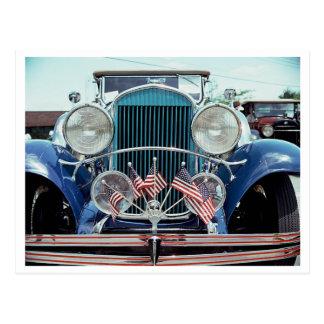 Banderas y fotografía clásica del coche del cromo tarjeta postal