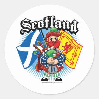 Banderas y gaitero de Escocia Pegatina Redonda