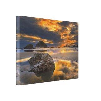 Bandon Sunset Canvas Prints