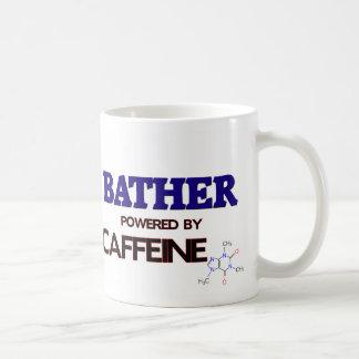 Bañista accionado por el cafeína taza básica blanca