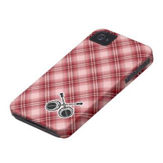 Banjos en duelo de la tela escocesa roja iPhone 4 Case-Mate cobertura