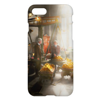 Banker - Worth its weight in gold iPhone 8/7 Case