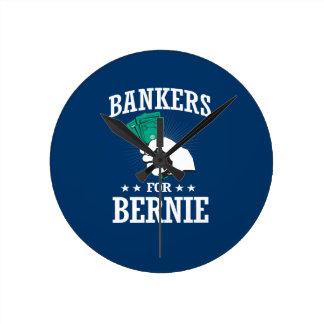 BANKERS FOR BERNIE SANDERS ROUND CLOCK
