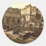 Baños y abadía romanos, baño, foto de la obra clás etiqueta redonda