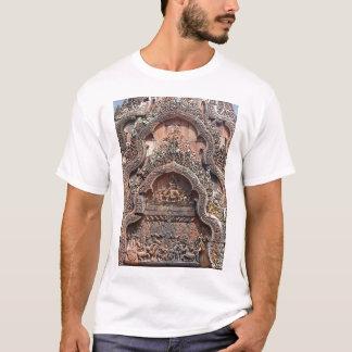 Banteay Srei Temple Chandi Carvings 2 T-Shirt