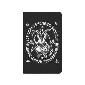 """Baphomet con """"la inscripción latina de Satan del Cuadernos"""