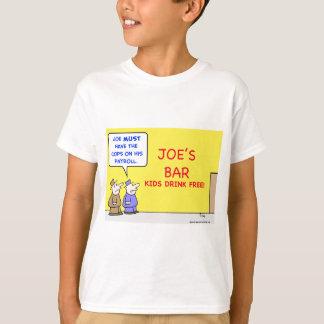 bar kids drink free T-Shirt