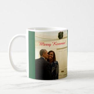 Barack and Michelle Merry Kissmas - Mug