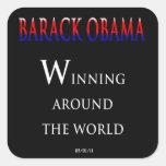 Barack Obama que gana en todo el mundo Pegatina Cuadrada