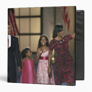 Barak Obama family wave at the last night of Binder