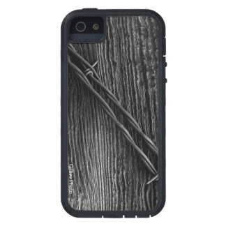 Barb wire wrapping and old cedar fence post in th case for iPhone SE/5/5s
