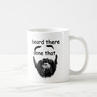 Barba allí, hecho eso taza de café