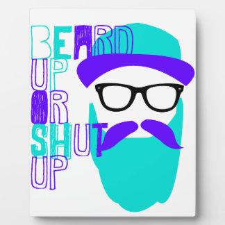 Barba ascendente o cerrada placas con fotos