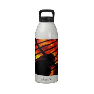 Barbacoa del carbón de leña botellas de beber