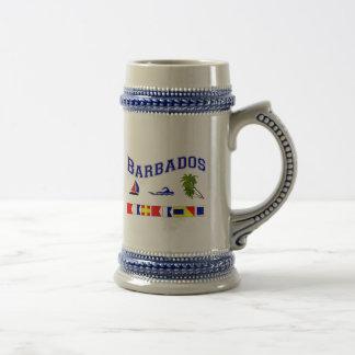Barbados - (deletreo marítimo de la bandera) jarra de cerveza