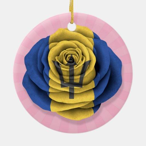 Barbados subió la bandera en rosa ornamente de reyes