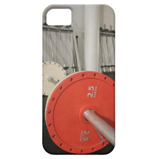 Barbell en gimnasio iPhone 5 carcasa