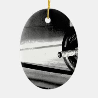 barbell-shadow.jpg adorno navideño ovalado de cerámica