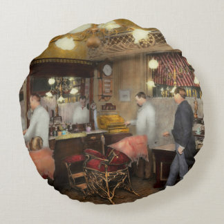 Barber - L.C. Wiseman Barbershop, NY 1895 Round Pillow
