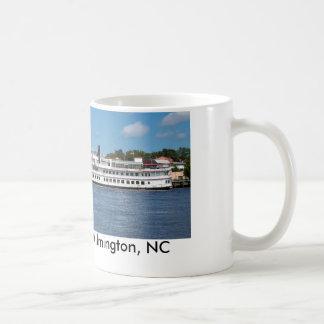 Barca de Wilmington NC Taza Básica Blanca