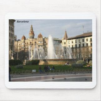 Barcelona--Plaza--Catalunya--[kan.k] .JPG Tapetes De Ratones