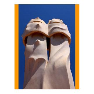 Barcelona, tops de chimenea de Antonio Gaudi Tarjetas Postales