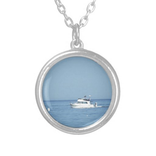Barco blanco colgante redondo
