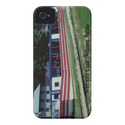 Barco de canal de Whitewater iPhone 4 Case-Mate Carcasas