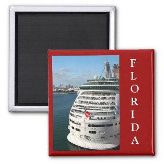 Barco de cruceros - ahorre la fecha imanes de nevera