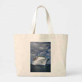 Barco de cruceros blanco grande bolsa