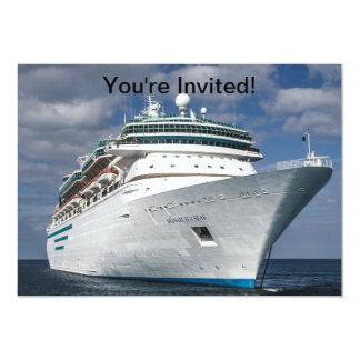Barco de cruceros blanco grande