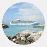 Barco de cruceros en CocoCay Pegatina Redonda
