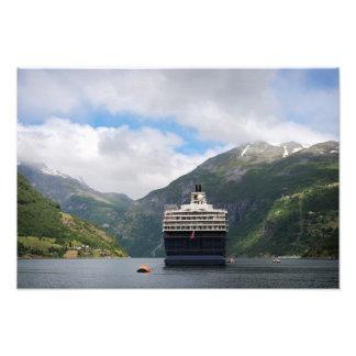 Barco de cruceros en la impresión de la foto de fotografías