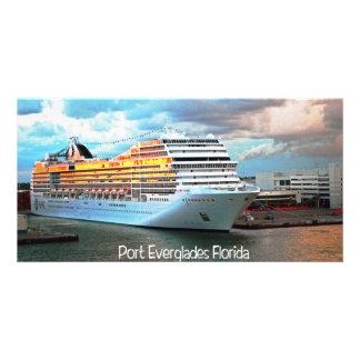 Barco de cruceros en los marismas del puerto tarjetas fotograficas personalizadas