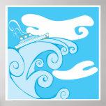 Barco de cruceros en un Tsunami. Poster