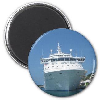 Barco de cruceros iman