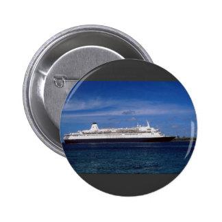 Barco de cruceros, Nassau, Bahamas Pin Redondo De 2 Pulgadas