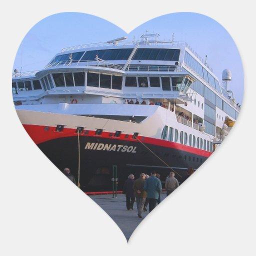 Barco de cruceros noruego pegatina en forma de corazón
