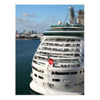 Barco de cruceros postales