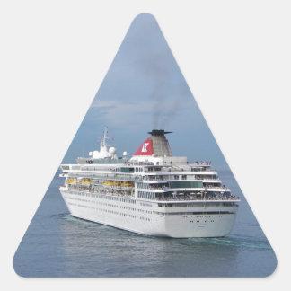 Barco de cruceros que sale de Malta Pegatina Triangular