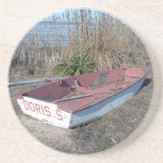 Barco de fila rústico viejo posavasos cerveza