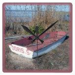Barco de fila rústico viejo relojes de pared
