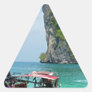 barco de la cola larga en Tailandia Pegatina Triangular