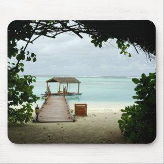 Barco de la isla de Maldivas Tapetes De Ratones