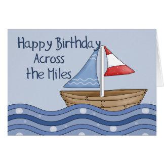 Barco de navegación a través del cumpleaños de las tarjeta