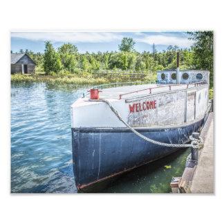 Barco de pesca agradable fotografías